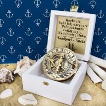 Mosiężny kompas z zegarem słonecznym z opcją graweru